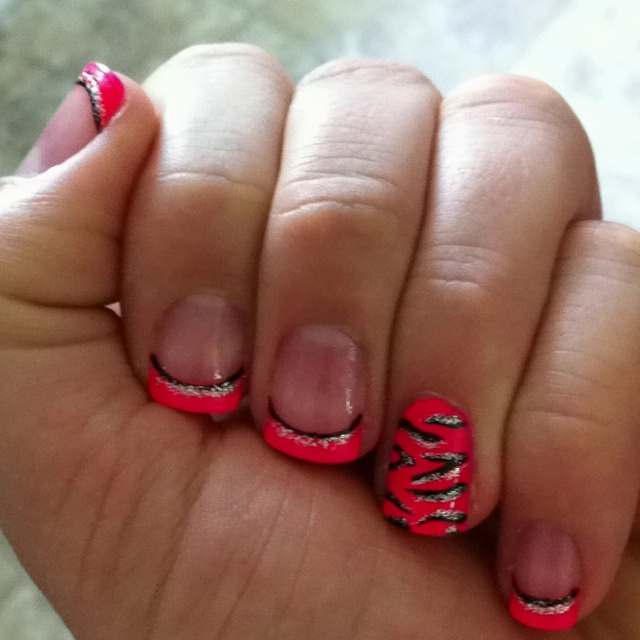 25+ Best Ideas About Zebra Nail Designs On Pinterest