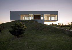 Casa en Kentucky Club de Campo, San Pietro, 2007 - Estudio Mariel Suarez, Mariel Suárez