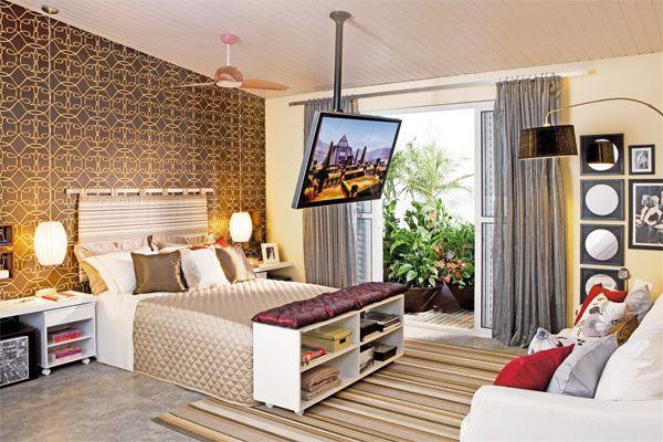 quarto de casal com Tv suspensa #bedroom