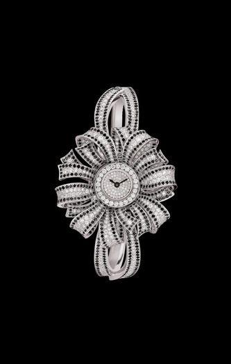 WATCH IN 18K WHITE GOLD AND DIAMONDS - CHANEL · Luxusní Hodinky ŠperkyModerníWatchesPříslušenství ... 7194138b93