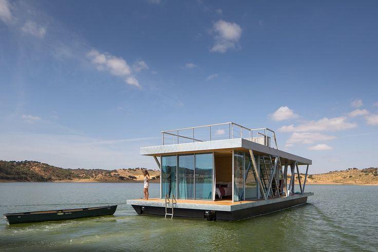 Conheça uma incrível casa flutuante modular para escapadelas de fim de semana stylo urbano-2