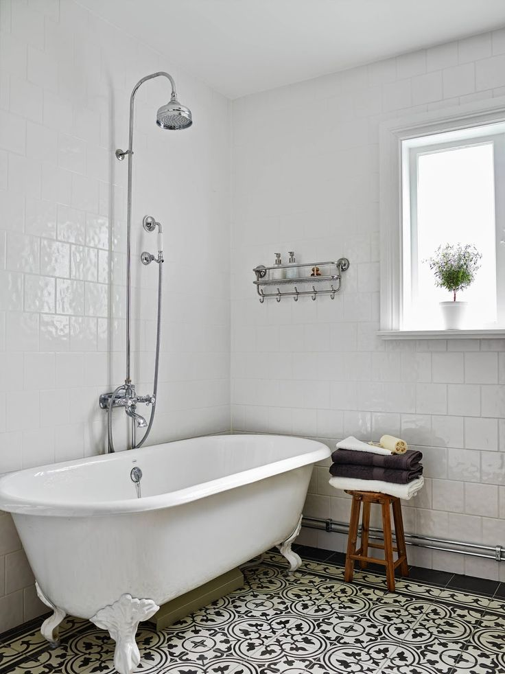 full wet room bath idea......love the look of this.. : 62-21 34086926 HP: 087787096811,,,,085311106611