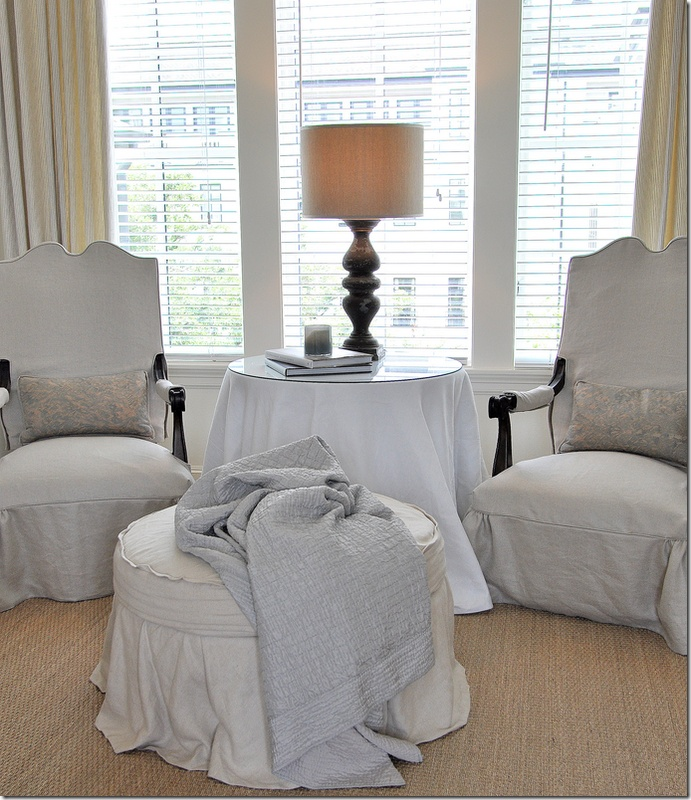 Bedroom Chairs And Ottomans: Master Bedroom Sitting Area Using The Big Pedestal Table