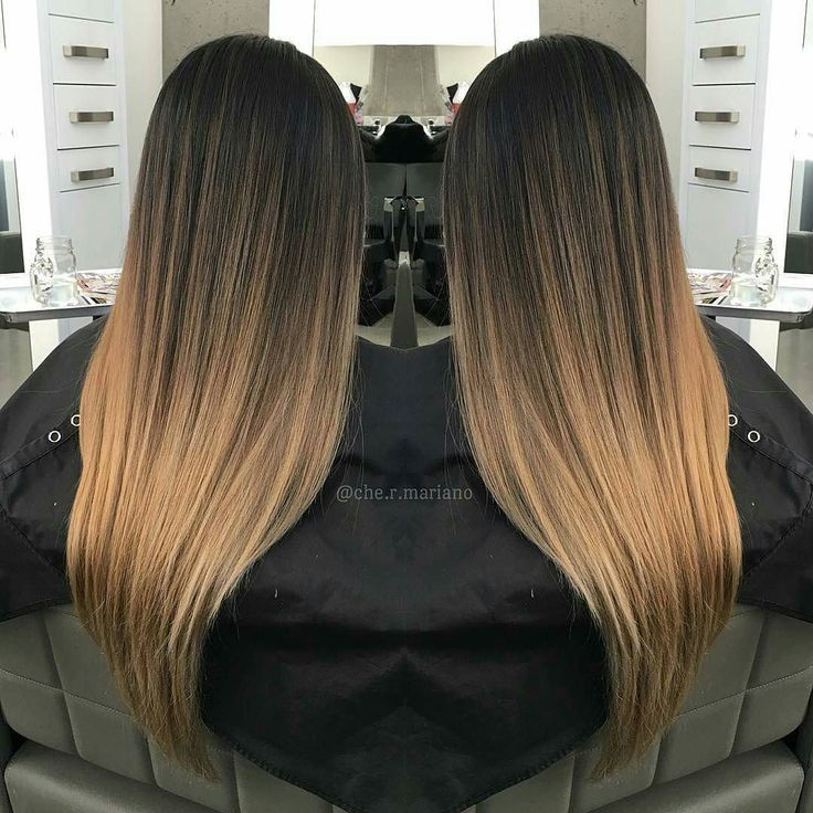 Had a power outage the other day luckily I just finished blowdrying her hair  @Regrann from @che.r.mariano -  Had a power outage the other day luckily I just finished blowdrying her hair  I usually love finishing the look with curls but here's something different for once. Ombré on straighten hair .  #vancity #vancouverbc #behindthechair #btcpics #vancouverhair #vancouverstylist #hotonbeauty #authentichairarmy #allaboutdahair #maneinterest #modernsalon #stylistshopconnect #balayage #ombre…