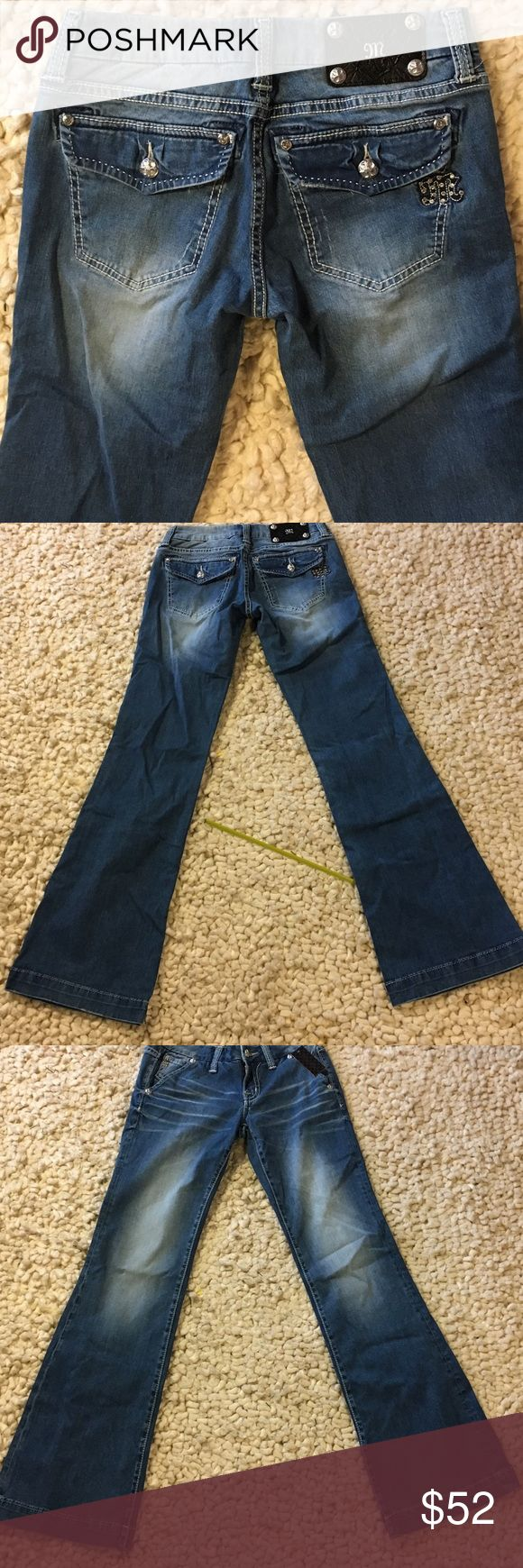 "NEW Miss Me Wide Leg Jeans New with tags, Miss Me wide leg denim.  Inseam about 33"".  Smoke free, pet free home Miss Me Jeans Flare & Wide Leg"