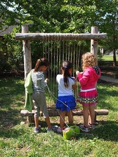 interactive festival project, weven met kinderen, in 2011 gedaan in hemmen