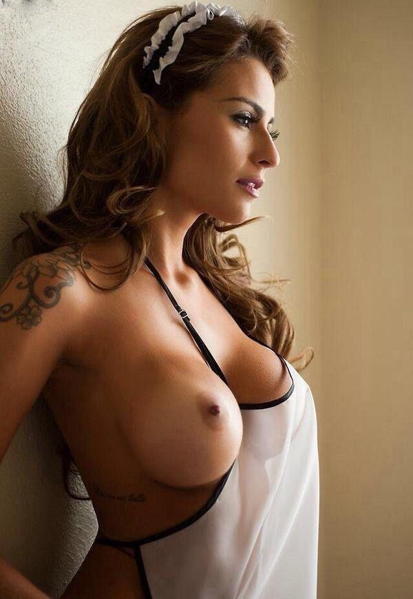 Gorgeous Big Breasted Rita 20