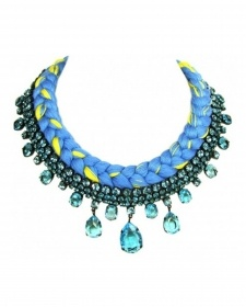 statement necklace available at www.styleintro.com