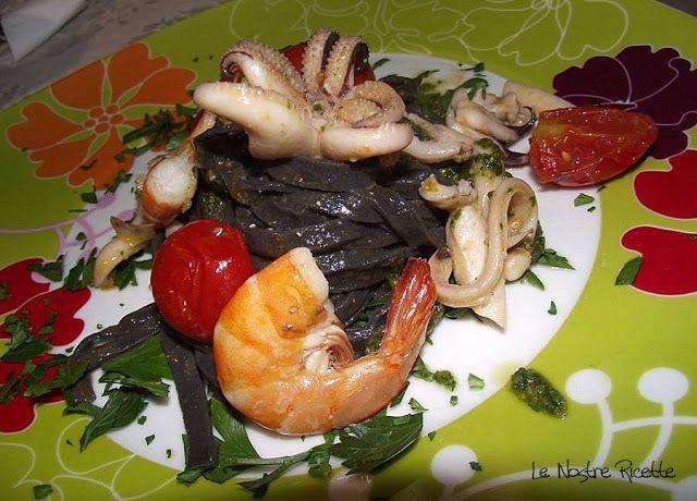 Le nostre Ricette: Tagliolini al nero di seppia con pesto, seppie e pachino
