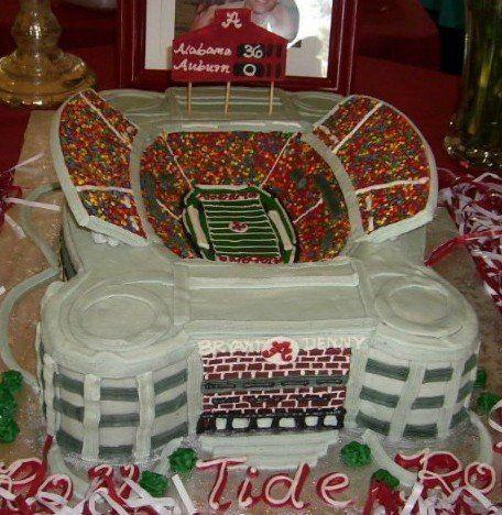 alabama grooms cake | ... www.coolest-birthday-cakes.com/coolest-football-birthday-cake-87.html