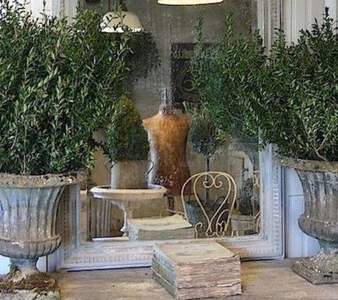 French Country Garden Decor Ideas