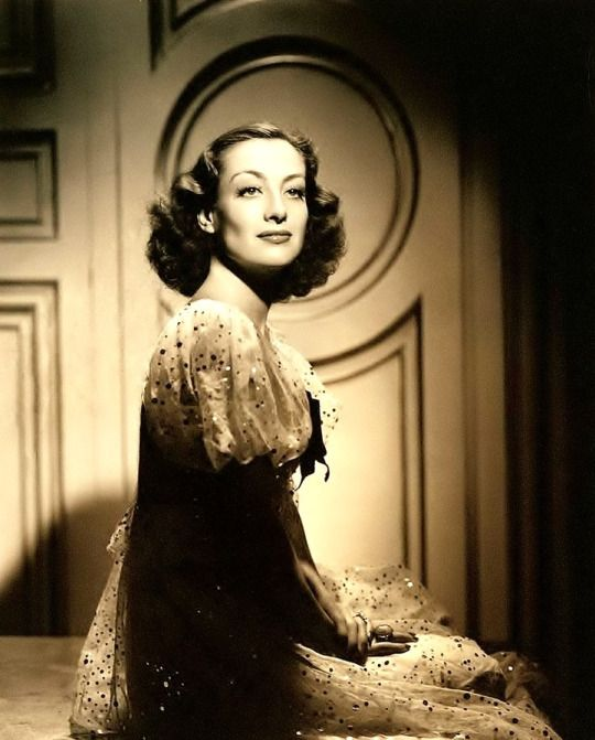 Joan Crawford by George Hurrell, 1937.