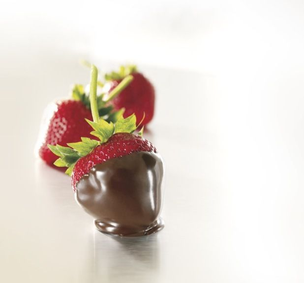 98 Best Godiva Chocolate Dipped Strawberries Images On