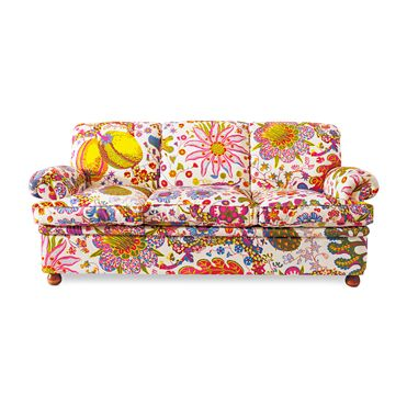 how much fun is this? wow, I WANT IT!!! :) (it would really be quite lovely with tan walls and a sage green carpet to calm it down a bit?)