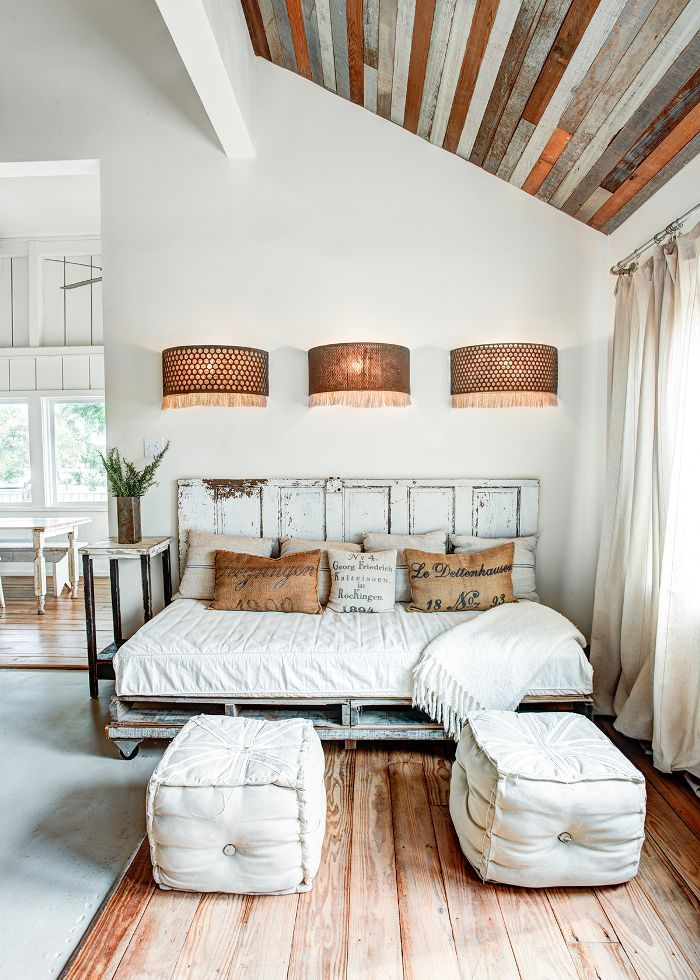Consider This Rustic Modern Barn House A Brief Mental Vacation From Your Day Modern Barn House Rustic Home Interiors Home Decor Bedroom