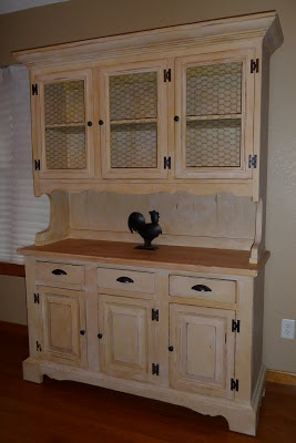 The Midwest Cottage: French Country Hutch- Exactly what I want in our dining room