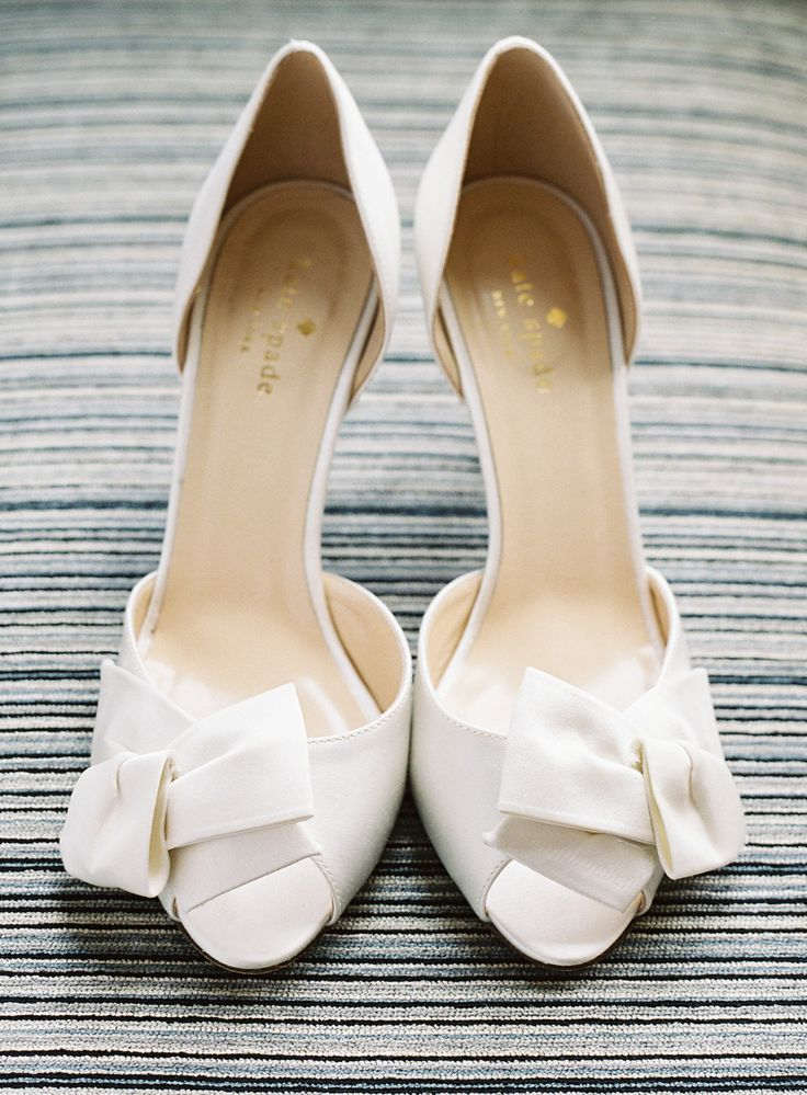 White bow heels: http://www.stylemepretty.com/2015/02/17/southern-charm-art-gallery-wedding/ | Photography: Vicki Grafton Photography - vickigraftonphotography.com