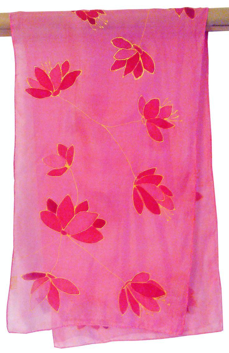 Feminine Silk Scarf Hand Painted, floral design, red pink and yellow, Zijden sjaal met de hand beschilderd, rood roze en geel, 100 SILK door Silkatelier op Etsy