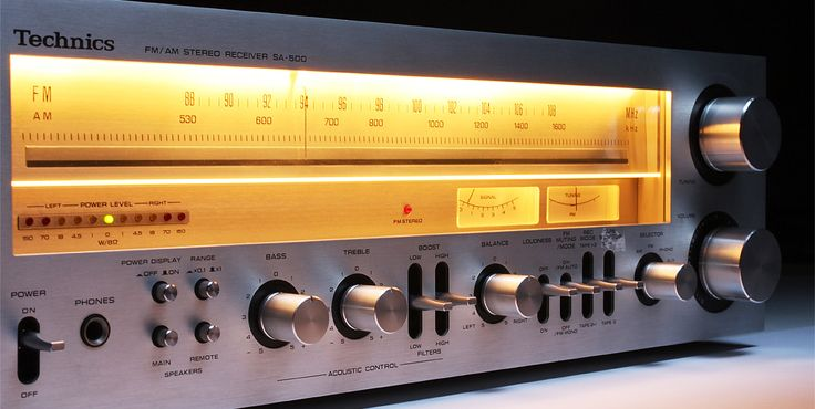 """Stereo receiver with amber glow. An early iteration of a bigger Technics receiver, launched when the brand was """"new"""" and attempting to distinguish itself from Panasonic."""