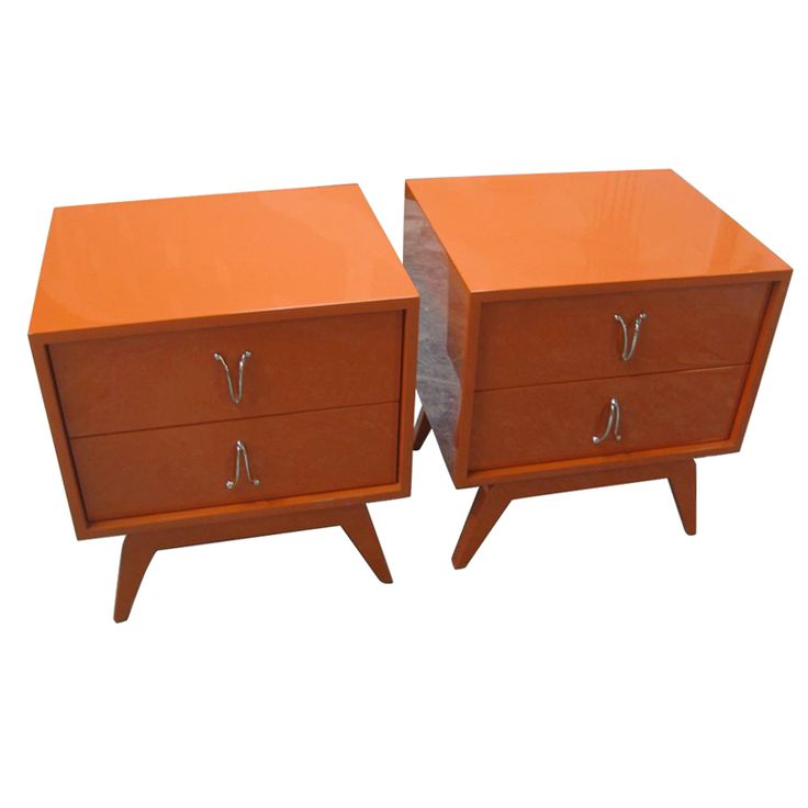 1stdibs.com | Pair Of Cubist Orange Bedside End Tables