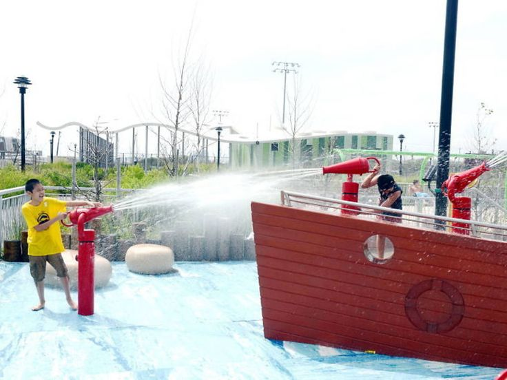 The best splash parks for kids in NYC