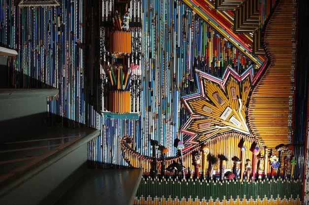Ένα σπίτι γεμάτο με χιλιάδες… μολύβια