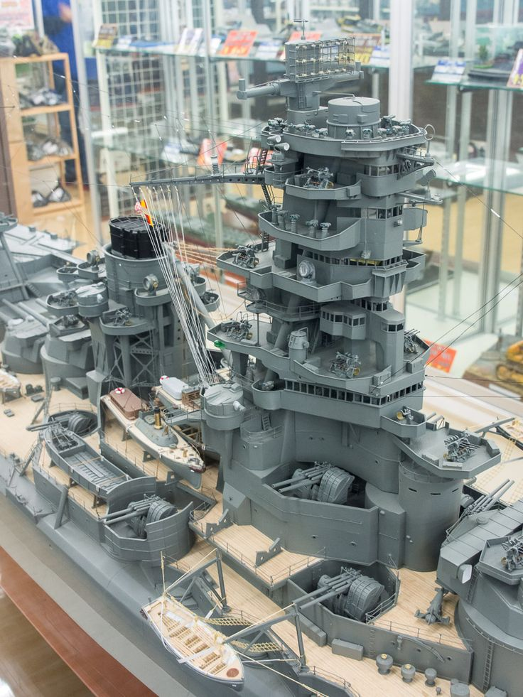 """IJN Battleship-Carrier """"Ise"""" 1/100 scale Model in Museum quality finish. 日本海軍航空戦艦-伊勢 #1C"""