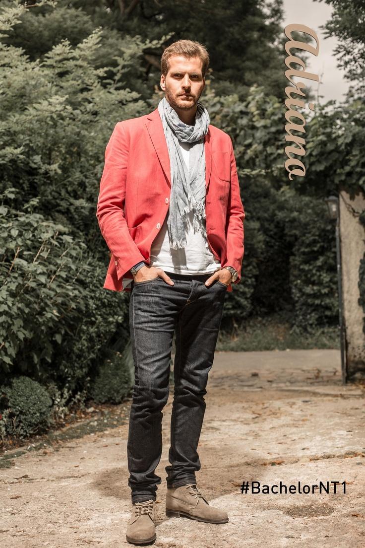 Adriano et sa veste rouge  #veste #casual #trendy
