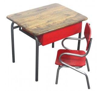Le traditionnel pupitre décolier des années 50 et sa petite chaise réédité en coloris punchy. Son format sadaptera facilement dans une chambre denfant, coin de salon ou salle de jeu. Convient aux enfants de 2 à 6 ans