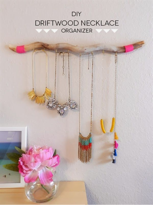 DRIFTWOOD NECKLACE ORGANIZER