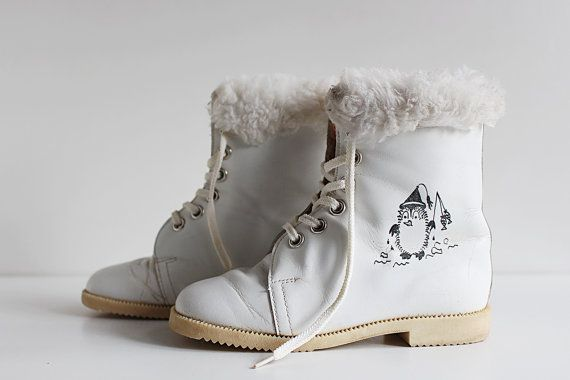 Vintage White Leather Girl Boots, Soviet Kids Footwear, US Size EU, Toddler Winter Boots, USSR Fashion 1980s
