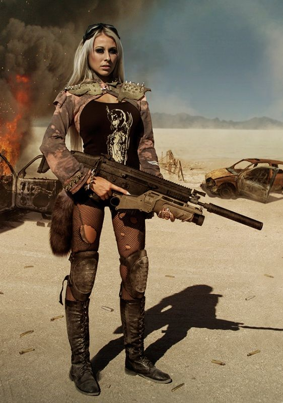 Lucky Apocalypse / female wasteland warrior / survivor / zombie hunter / a really big gun / post apocalyptic / women's cosplay / LARP