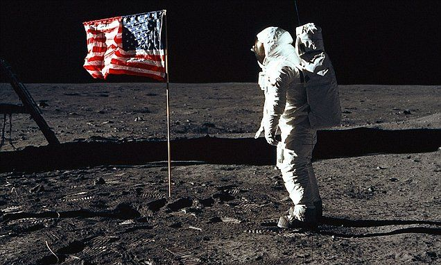 Russian official wants 'investigation into the moon landing' #DailyMail