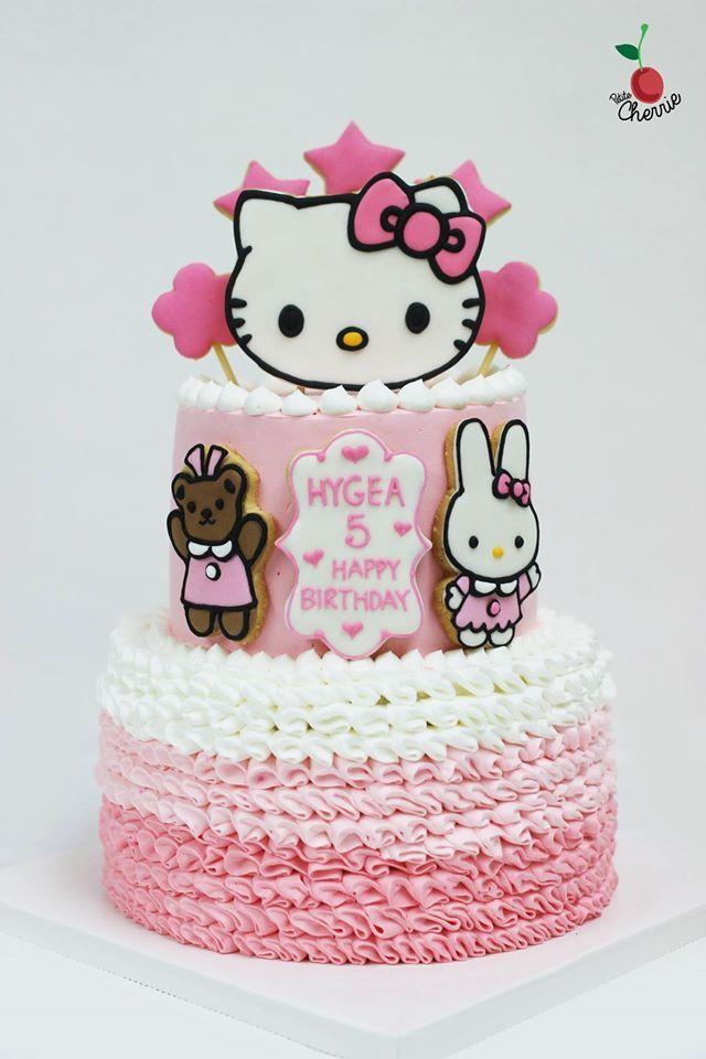 Hello Kitty Ruffles Cake Icing cookies