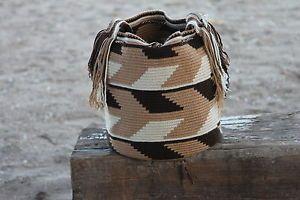 Authentic-Wayuu-Mochila-hand-woven-in-LaGuaira-Colombia-by-tribal-ladies