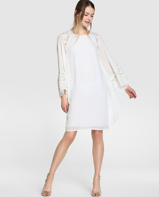 Vestido corto, tipo túnica, en color blanco y detalles de guipur.