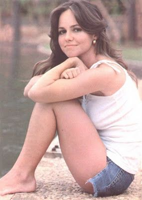 Sally Field, What cuteness. Early in her career they told her she wasn't attractive enough to be a star. Really?