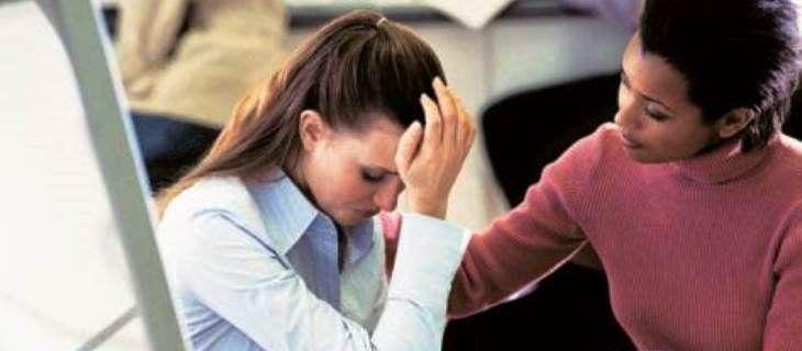 Si un employé veut effectuer une contestation d'un licenciement, il est tenu de saisir le conseil de prud'hommes quelque soit le motif du licenciement, il doit estimer que le licenciement est injustifié (sans cause réelle et sérieuse) ou irrégulier. La procédure est simple. L'employeur peut la mener seule et avec peu de frais. Le salarié …