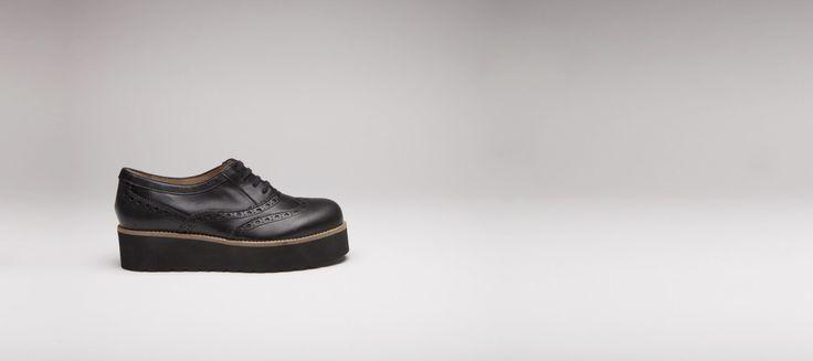 Chaussures à lacets en cuir noir, semelle compensée en microfibre noir - derbies, richelieu et mocassins - e-shop