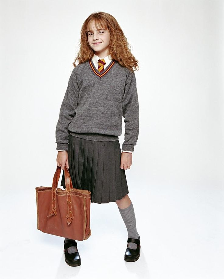 Hogwarts uniform in Harry Potter and the Philosopher's ...