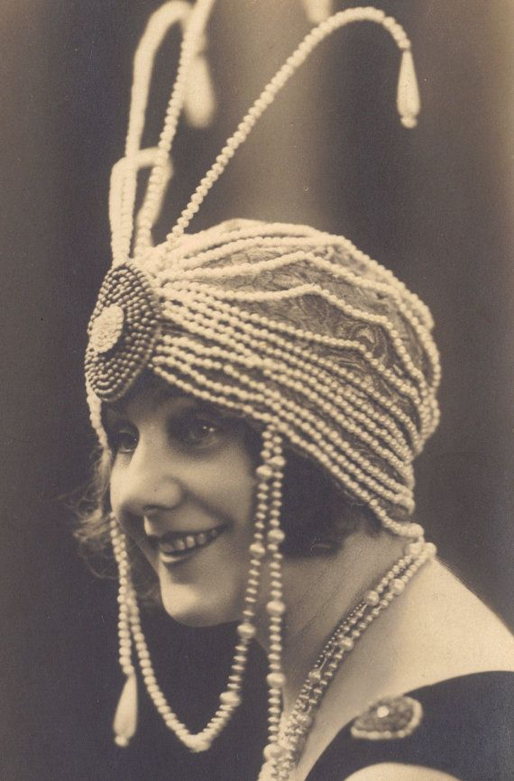 Early Flapper in Fantastic Beaded Turban 1910s/20s | redpoulaine
