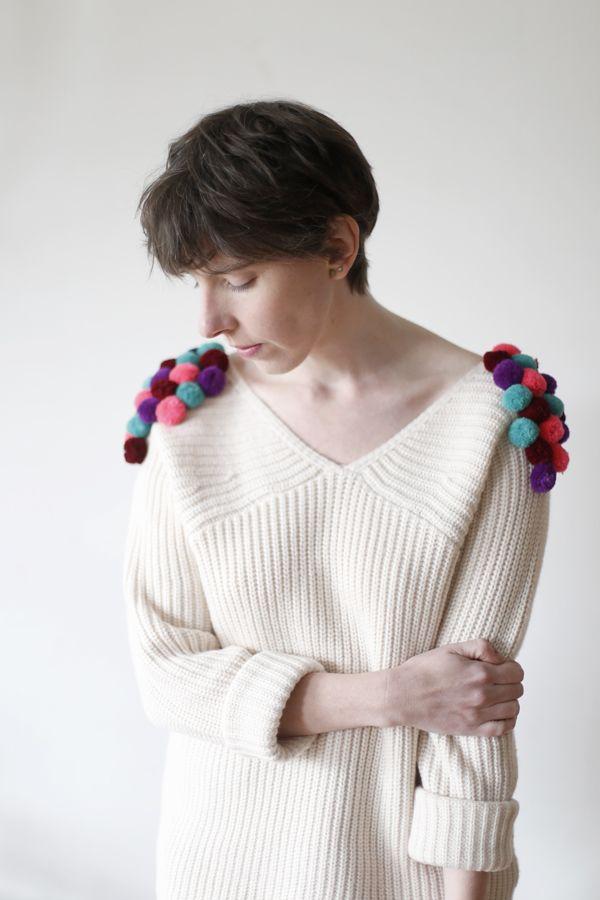 Chaleco con pompones DIY  /  Pompom sweater jumper DIY