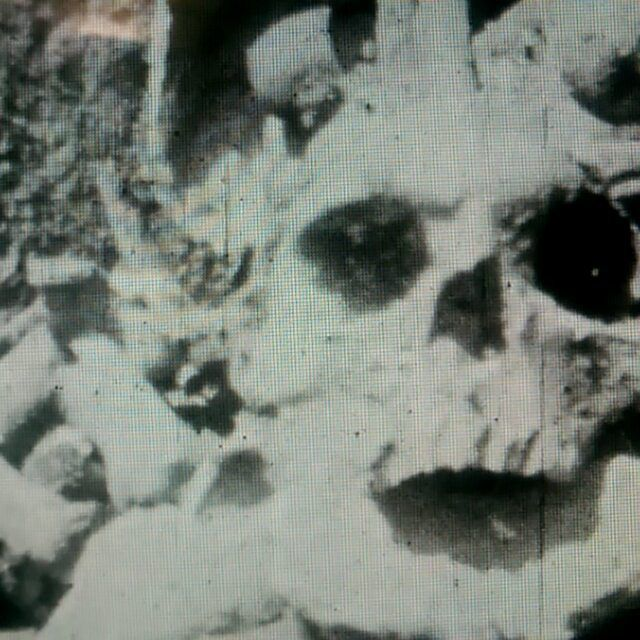 hampshirerecordofficeMore grisly shots from #romsey town developments, 1933, #Halloween #skeleton #skull #wfsa #lovearchivefilm Watch the whole film on #bfiplayer #britainonfilm