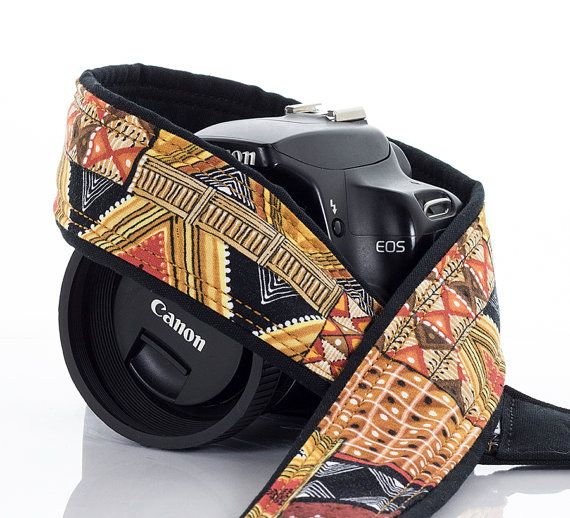 how to put on a camera strap nikon
