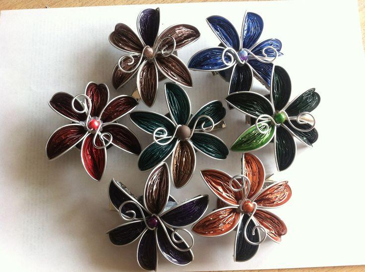 Pince cheveux fleur en capsules Nespresso recyclées, couleurs variées : Accessoires coiffure par recyclart
