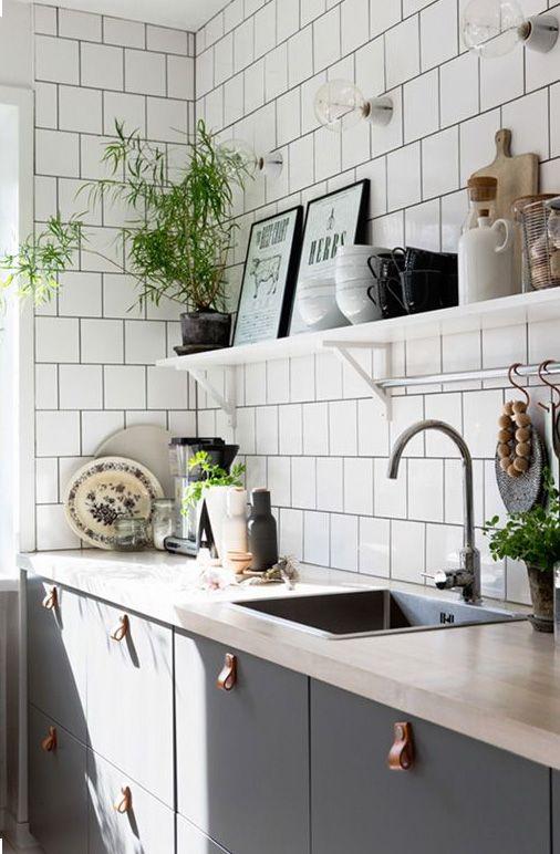 Shelving + art + plants = dream kitchen.