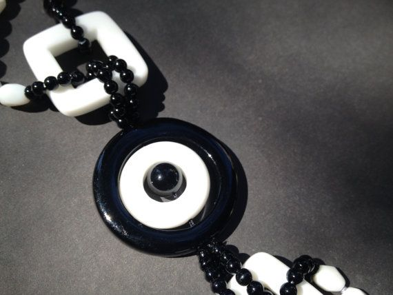 Necklace Yin and Yang