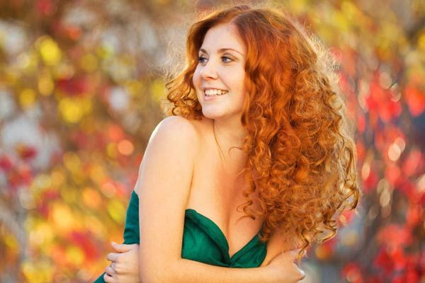 Homecoming hairstyle is fast reaching but finding the best hairstyle is a crucial issue? Don't panic. From curly side buns, half updos to tight curls and braids, whatever your feeling is, there's a hairstyle to match your homecoming look! So, what are you waiting for?Just go through these curly homecoming hairstyles and get inspired. Splendid …