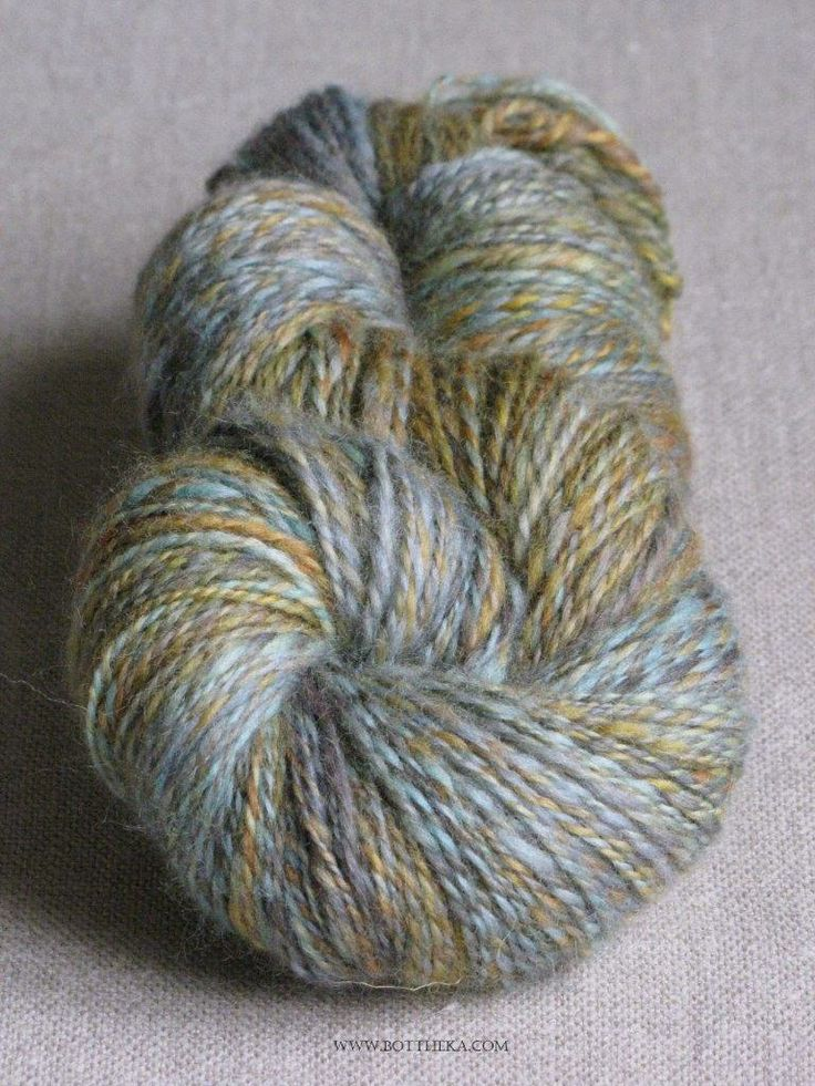Aesop - hand dyed, spinned and twisted 2-ply wool yarn - http://www.ravelry.com/people/Bottheka/handspun/aesop