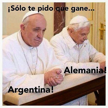 Reflexiones cristianas: Memes del Papa Francisco y el Mundial